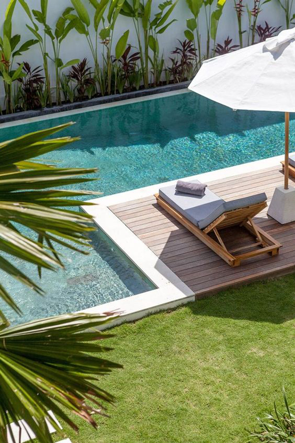 tropical-pool-deck-for-your-relaxing