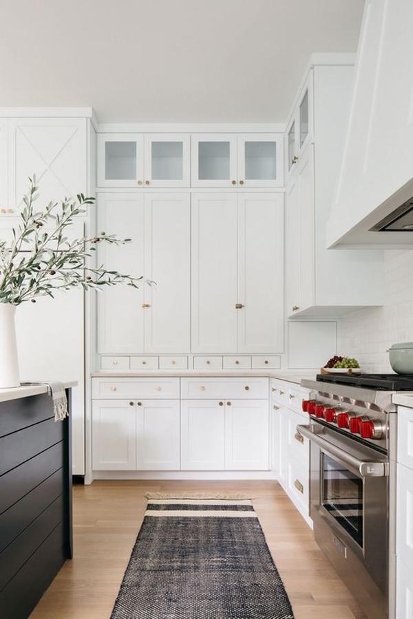 white-kitchen-color-trend