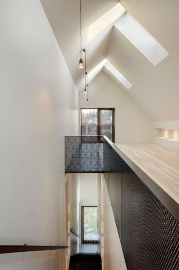 wood-second-floor-design