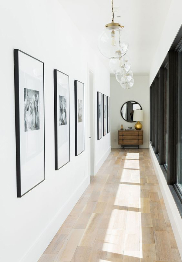 amazing-family-photo-wall-in-the-hallway