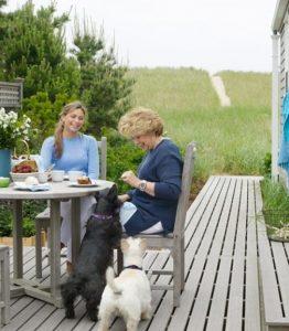 backyard-dog-deck-ideas