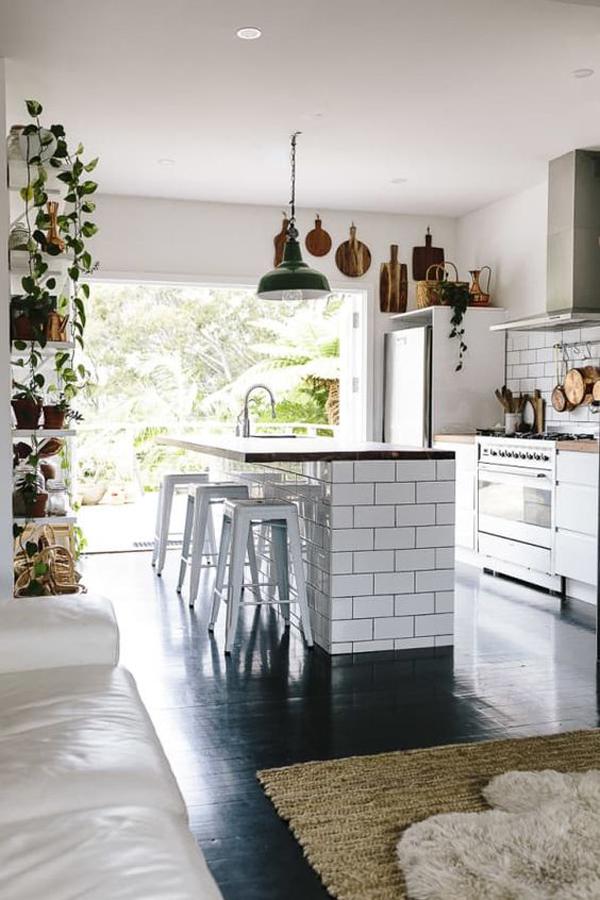 beautiful-indoor-outdoor-kitchen-design