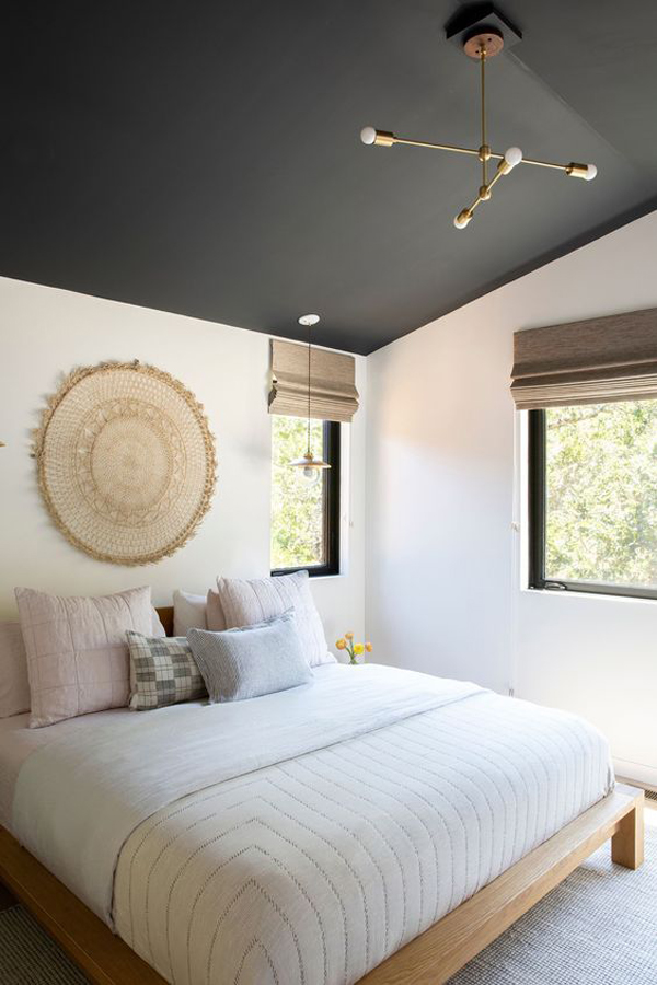 boho-chic-bedroom-with-dark-ceiling-colors