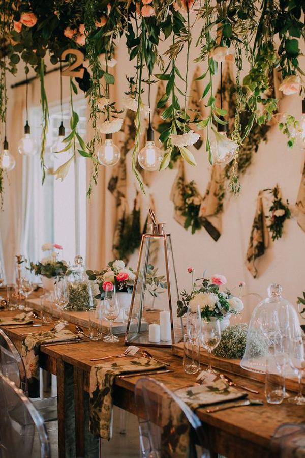 botanical-rustic-wedding-lights