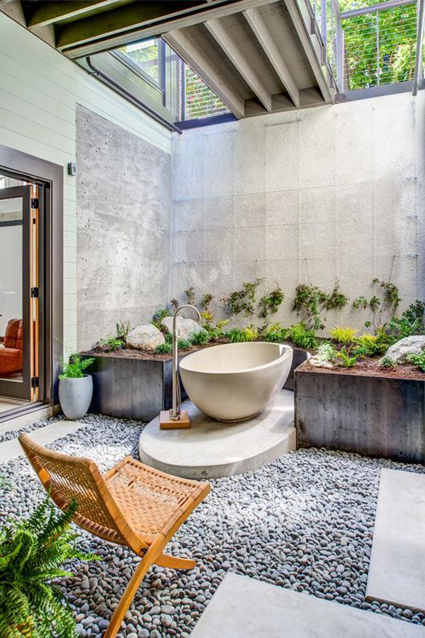 cozy-tropical-style-bathroom