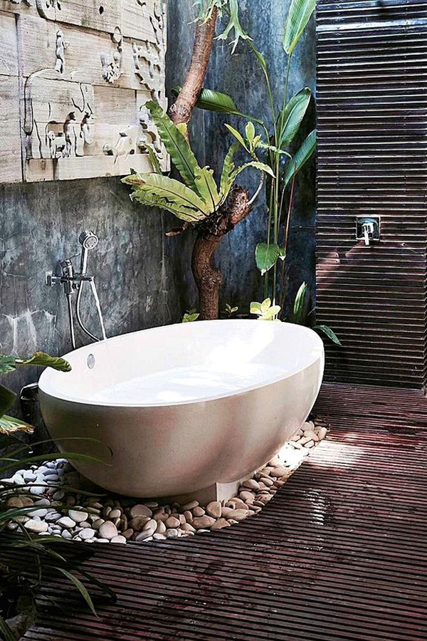 easy-and-simple-tropical-bathtub-design
