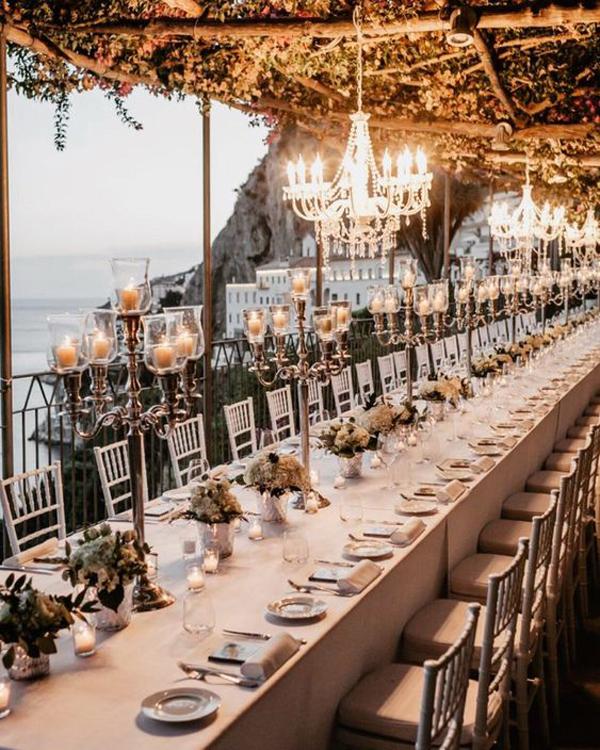 elegant-beach-wedding-chandeliers