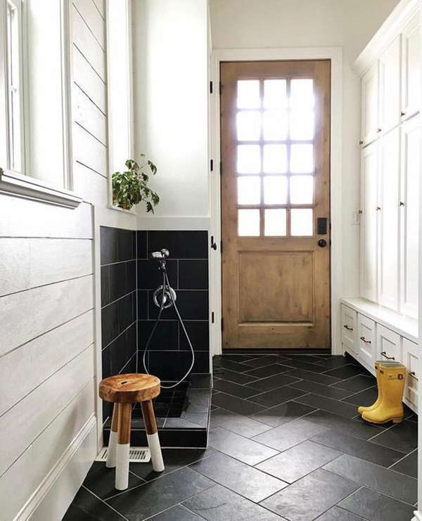 genius-mudroom-dog-wash-station