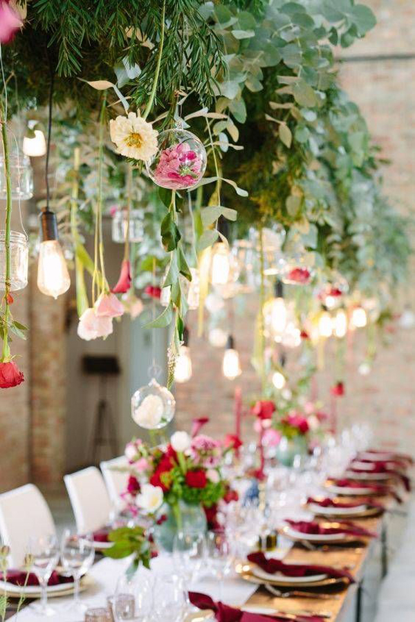 greenery-wedding-hanging-lighting