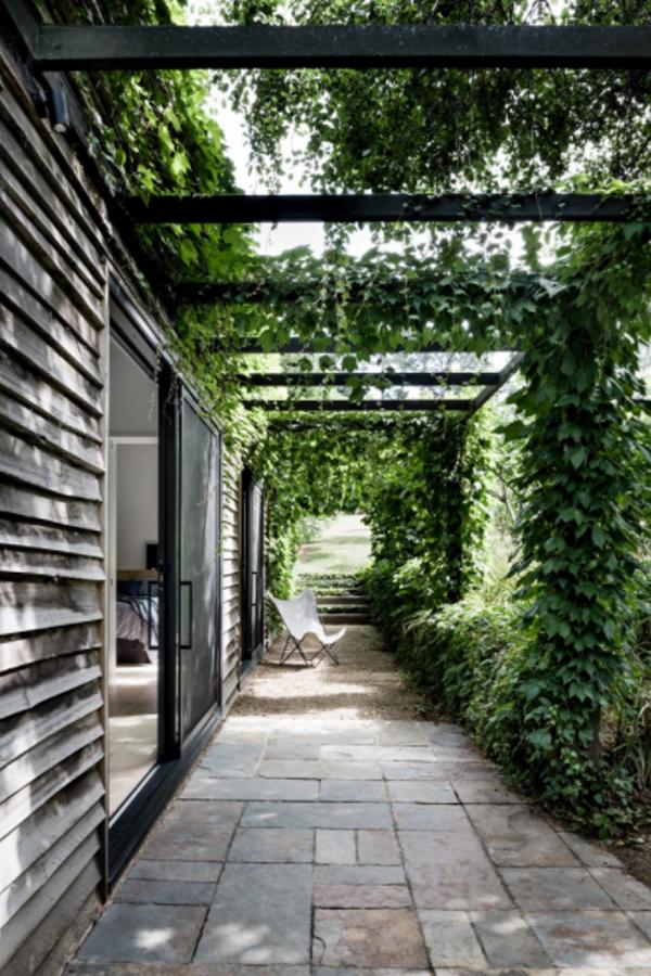 guest-house-landscape-design