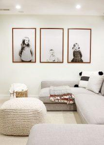 large-family-photo-wall-ideas