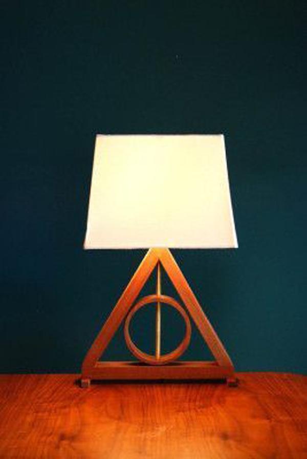 modern-harry-potter-table-lamp