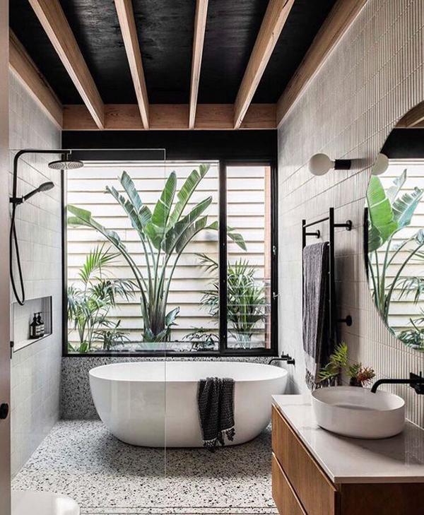 popular-bathroom-decor-with-tropical-style