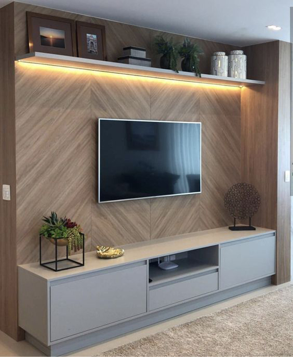 simple-wood-tv-backdrop-with-rack-ideas