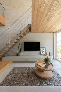 tv-wall-decor-in-understairs