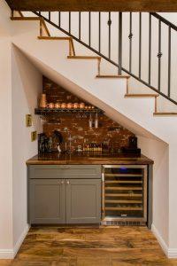 understairs-mini-bar-design