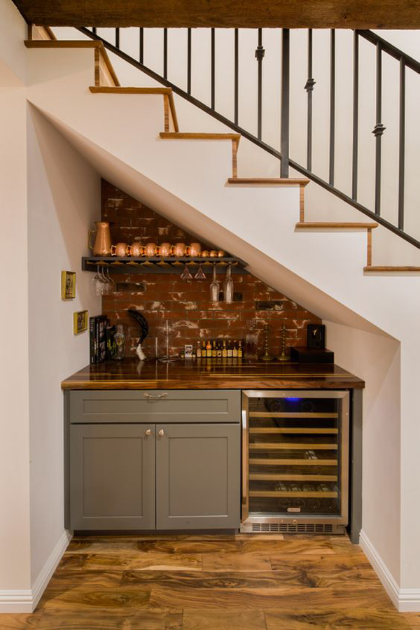 understairs-mini-bar-design