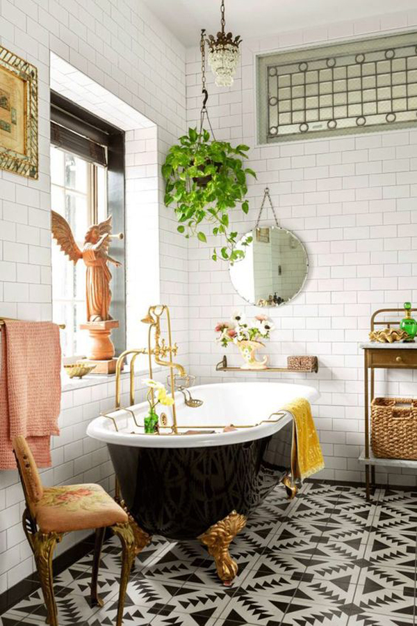 vintage-bathroom-with-black-and-gold-claw-foot-tub