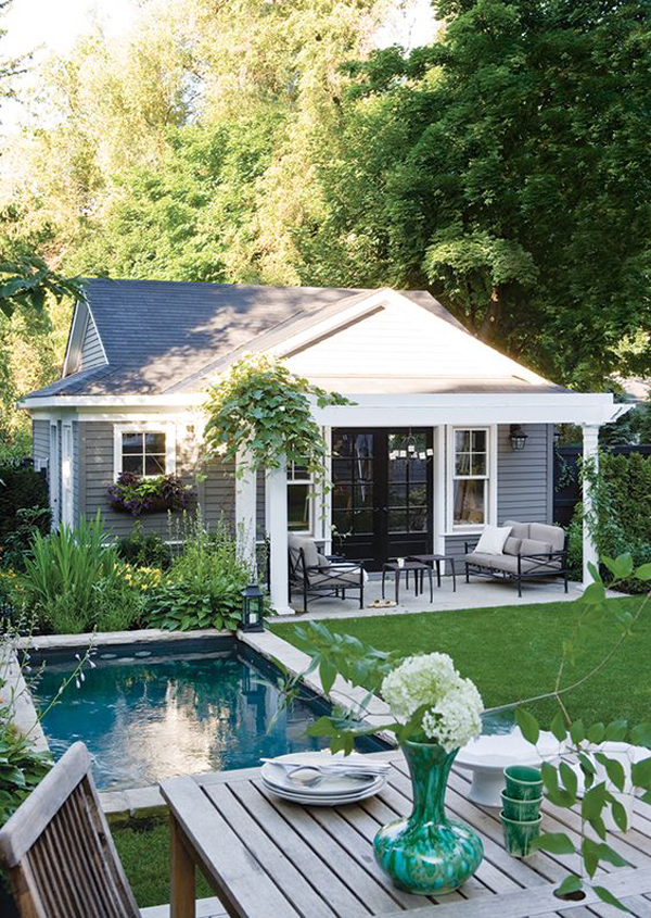 backyard-tiny-pool-with-outdoor-dining-area