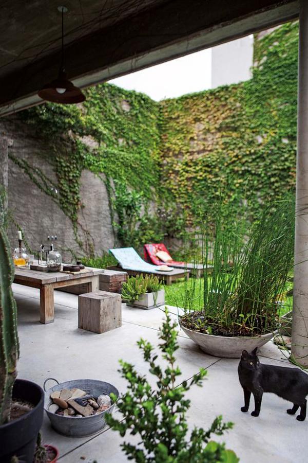 beautiful-tiny-patio-garden-ideas