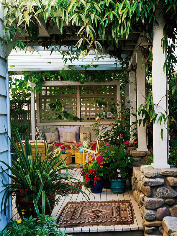 boho-chic-deck-privacy-ideas-for-your-patio