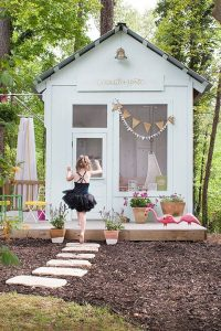 charming-cubby-house-for-kids-play