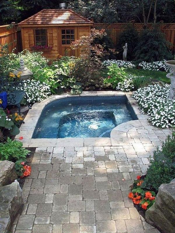 cocktail-pool-for-backyard-oasis
