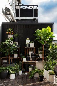 cool-diy-balcony-deck-with-garden