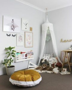 coziest-canopy-reading-nook-for-kids