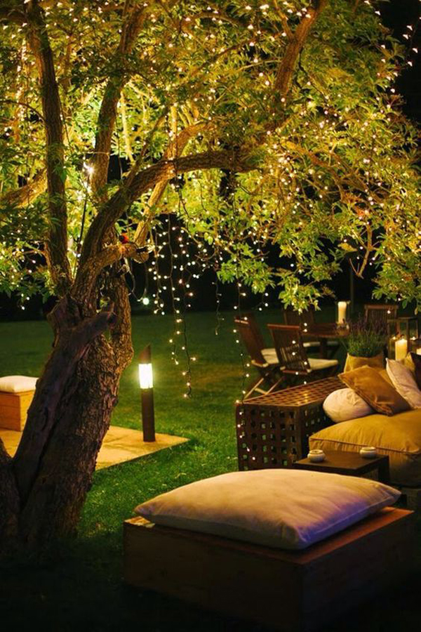 cozy-and-romantic-garden-ideas-with-string-lights