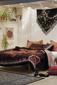 cozy-bedroom-nest-ideas-with-string-light