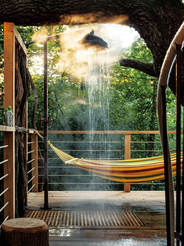 cozy-romantic-treehouses-with-hammock-and-shower