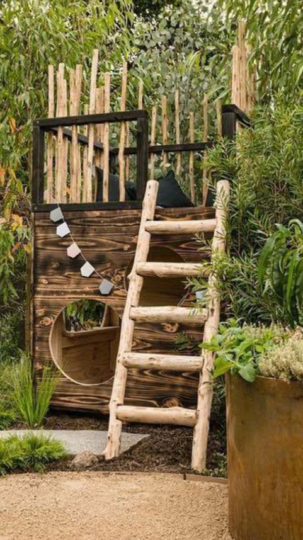 creative-diy-backyard-castle-play-set