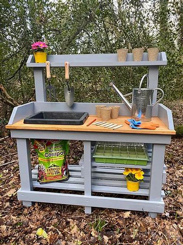 diy-kids-mud-kitchen-design
