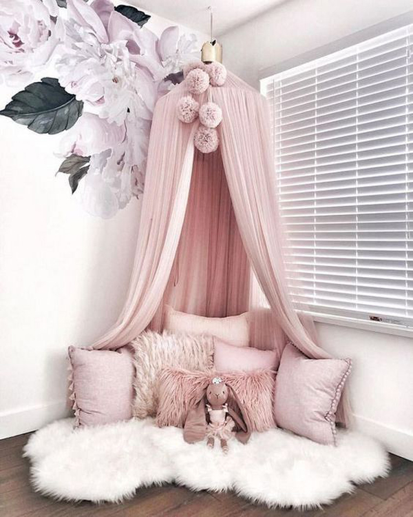 easy-diy-canopy-reading-nook-for-little-girl