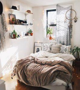 easy-diy-cozy-bedroom-decor