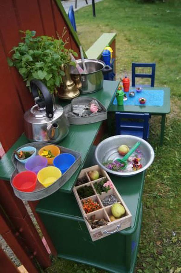 fun-diy-mud-kitchen-for-kids