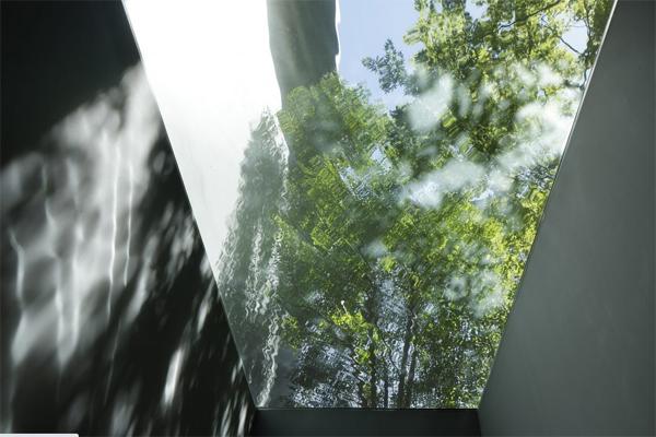 glass-optical-ceiling-design