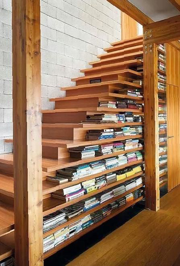 great-bookshelves-ideas-in-the-stair