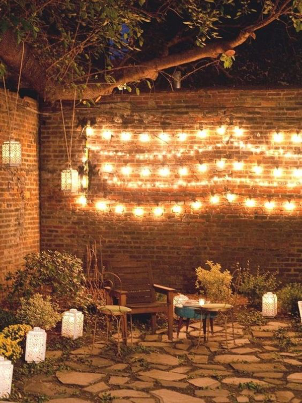 magical-twinkle-string-light-in-the-backyard