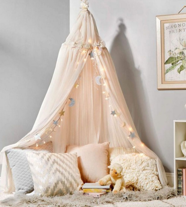 modern-canopy-reading-nook-for-kids