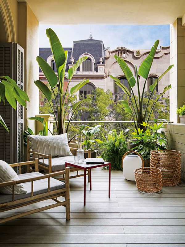 modern-private-balcony-deck-with-tropical-style