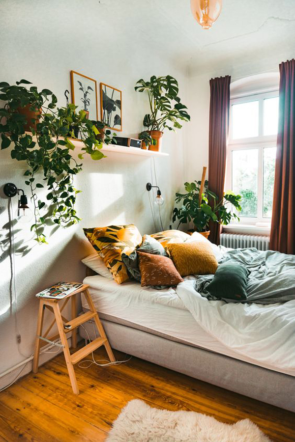 most-beautiful-and-cozy-bedroom-with-natural-decor