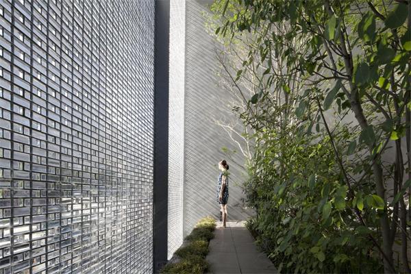 optical-glass-house-patios
