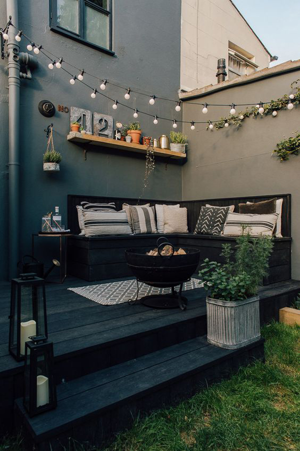 outdoor-corner-living-spaces-with-string-lights