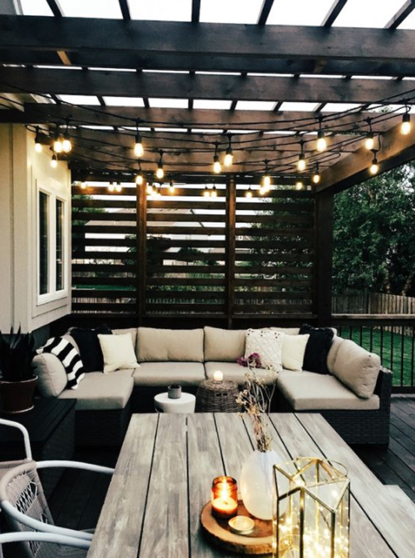 outdoor-living-space-with-deck-pergola-lighting-ideas