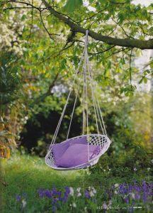 pretty-swing-garden-decor-ideas