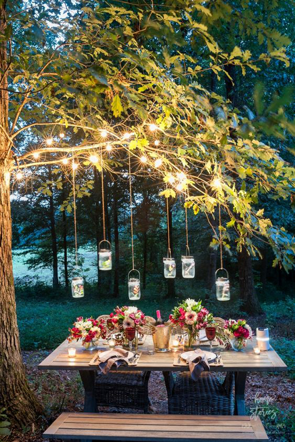 romantic-outdoor-dining-spaces-with-string-lights