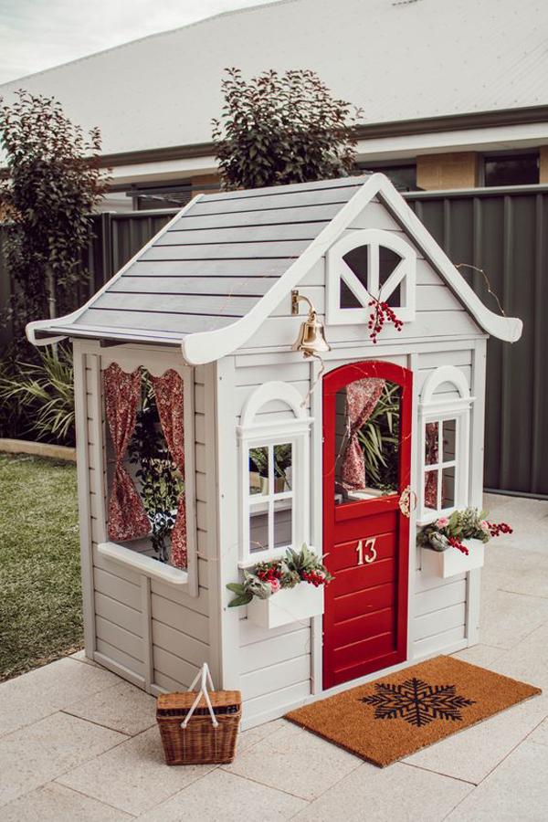 simple-diy-kmart-cubby-house-hack