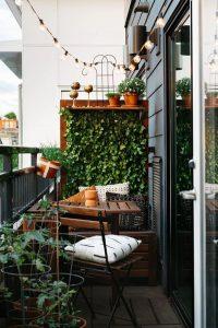 small-balcony-deck-with-vertical-garden